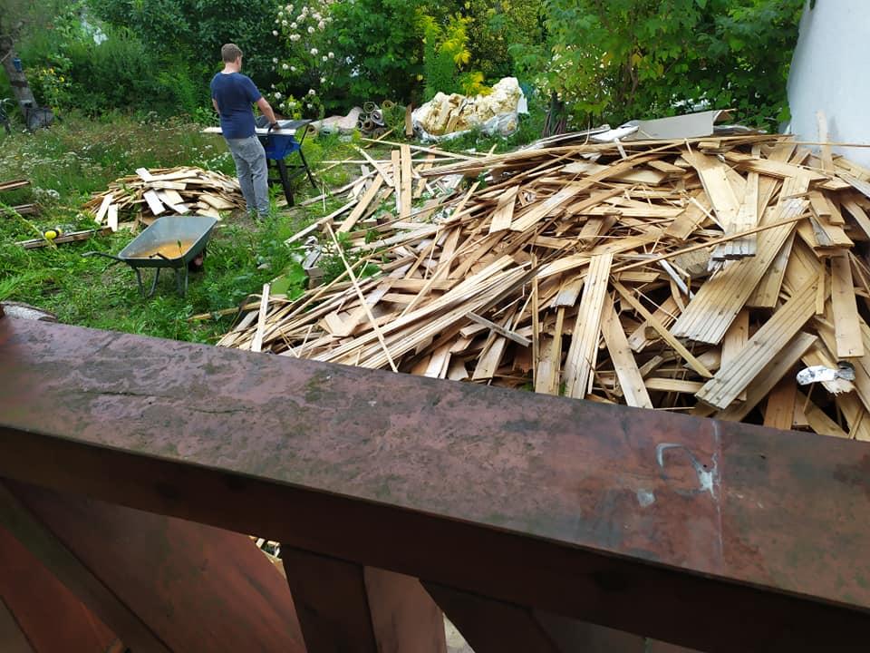 Kaum noch Holz vor der Hütte!