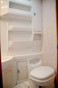 regale schränke wohnwagen badezimmer